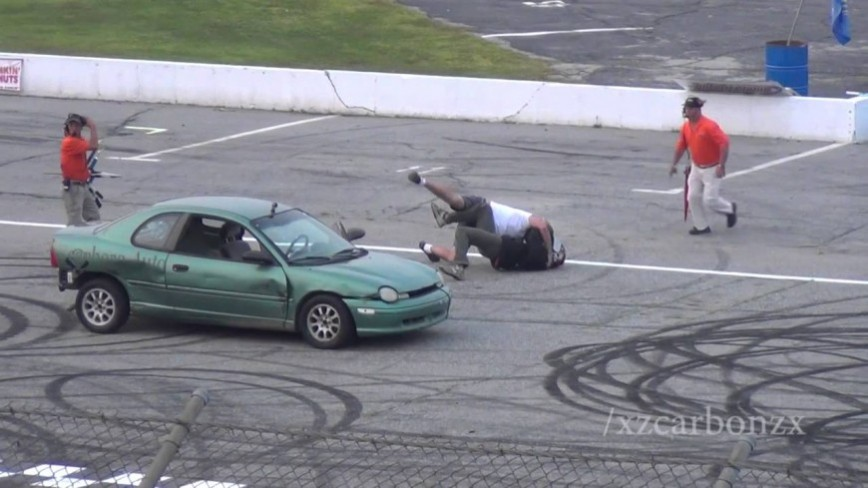 Spectator Drag Finals Ends in Hilarious FIGHT!