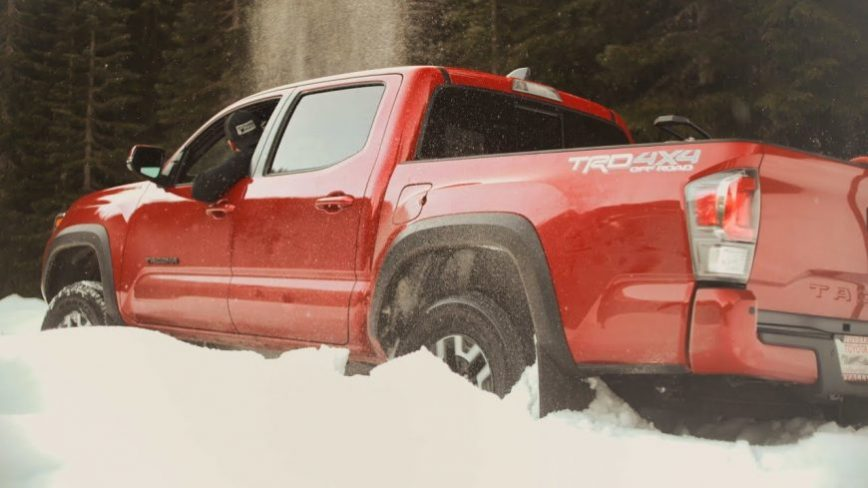 Toyota Tacoma Takes on Eco-Diesel Jeep Gladiator in the SNOW TEST!